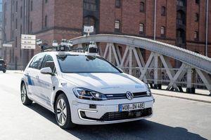 Volkswagen thử nghiệm xe tự lái trên đường phố