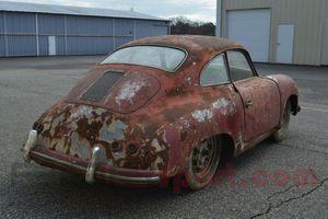 Không thể tưởng tượng 'đống sắt vụn' Porsche 356 hét giá gần 2 tỷ