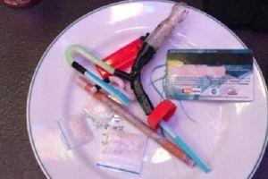 Thanh Hóa: Bắt quả tang 27 thanh niên chơi ma túy tập thể trong quán karaoke
