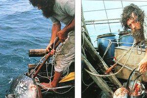 Phút sinh tử đối mặt cướp biển, cá mập của 'thánh phượt' người Việt duy nhất vượt Thái Bình Dương bằng bè tre