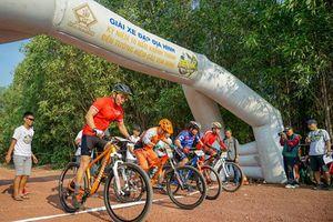 Giải xe đạp địa hình kỷ niệm 10 năm khánh thành Đền tưởng niệm các Vua Hùng