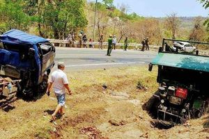 Tai nạn liên hoàn trên đèo Chư Sê, 5 phương tiện hư hỏng, 3 người bị thương