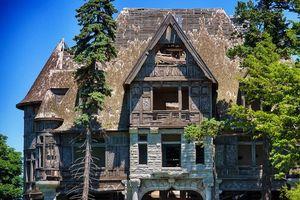 7 biệt thự từng có giá hàng triệu USD nay bị bỏ hoang
