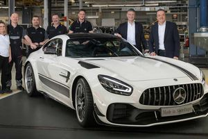Mercedes AMG GT R Pro cùng AMG GT 2020 đã bắt đầu lăn bánh khỏi nhà máy