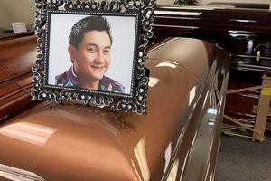 Hình ảnh xúc động tại đám tang nghệ sĩ Anh Vũ