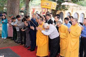 Dâng hương tưởng niệm 991 năm ngày giỗ vua Lý Thái Tổ