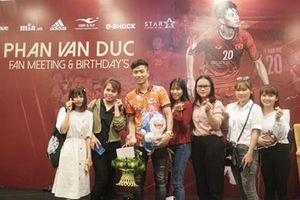 Buổi họp fan đáng nhớ của Phan Văn Đức
