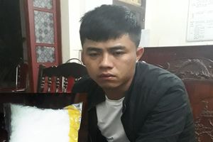 Nghệ An: Bắt nam thanh niên tàng trữ ma túy đá