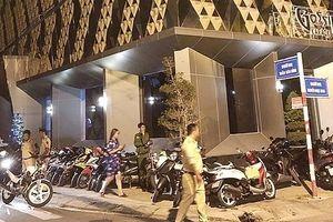 Đột kích quán karaoke Gossip, phát hiện gần 100 người dương tính với ma túy