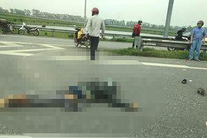 Va chạm xe tải trên cao tốc Hà Nội-Bắc Giang, gia đình 3 người đi xe máy tử vong