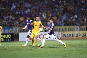 V.League 2019: Thắng đậm Sông Lam Nghệ An, Hà Nội FC dẫn đầu bảng xếp hạng