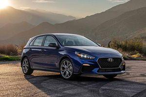 Cận cảnh xe thể thao giá rẻ của Hyundai
