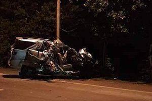 Lưu thông xe không đúng làn đường gây tai nạn khiến 5 người thương vong