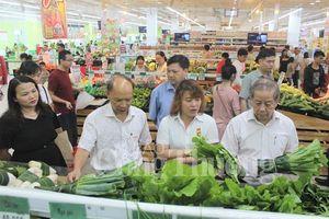 Thừa Thiên Huế tuyên truyền tiểu thương giữ gìn môi trường kinh doanh