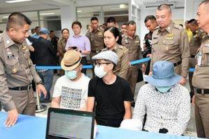 Ba rapper nổi tiếng người Mông Cổ bị bắt vì móc túi ở Bangkok
