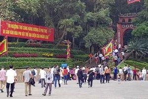 Ghi nhận tại Đền Hùng trước ngày Giỗ Tổ