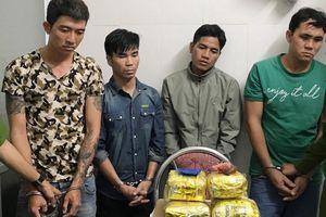 Bắt 4 đối tượng, thu gần 6kg ma túy đá, 370 viên ma túy tổng hợp