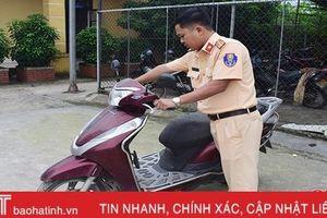 Cảnh sát giao thông Cẩm Xuyên truy xe gian, trả lại cho 'khổ chủ'