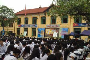 Hải Phòng: Trưng bày tư liệu Hoàng Sa, Trường Sa của Việt Nam