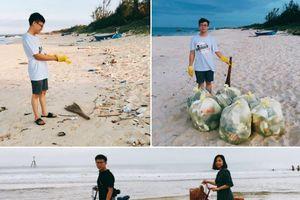 Dành tuần trăng mật để làm sạch bãi biển, cặp vợ chồng nhận ngàn lời khen