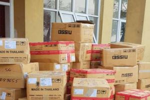 Hà Tĩnh: Bắt giữ xe chở 1,3 tấn phụ tùng xe máy không rõ nguồn gốc