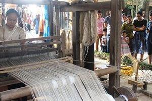 Festival chắp cánh cho làng nghề truyền thống phát triển