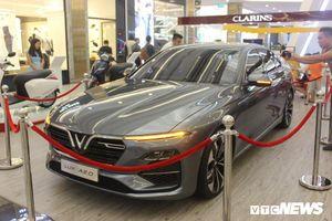 Xe VinFast Lux A2.0 được giới thiệu tại Paris Motor Show 2018 giờ ra sao?