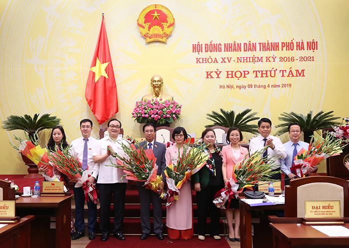 Bà Hồ Vân Nga được bầu giữ chức Trưởng Ban Kinh tế Ngân sách HĐND TP Hà Nội