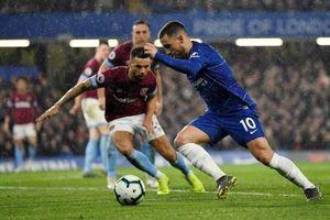 E. Hazard đưa Chelsea nhảy lên tốp 3