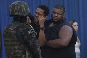 Nhầm mục tiêu, Binh sĩ Brazil bắn 80 viên đạn vào xe chở gia đình 5 người
