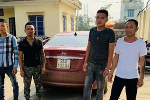 Thanh Hóa: Một Chủ tịch xã bị nhóm người bịt mặt hành hung giữa đường