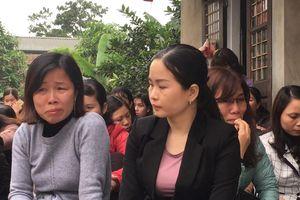 Hơn 2700 giáo viên Hà Nội có nguy cơ mất việc