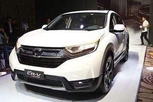 Honda CR-V đồng loạt giảm giá, gây khó thêm cho 'đàn em' HR-V?