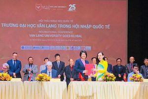 ĐH Văn Lang và doanh nghiệp ký kết đào tạo nhân lực bảo tồn di sản