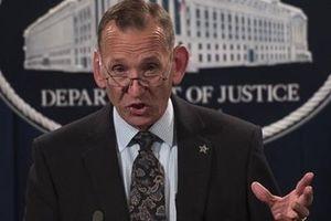 Sau Bộ trưởng An ninh Nội địa, đến lượt Giám đốc Mật vụ Mỹ từ chức