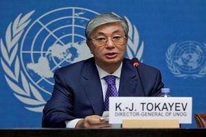 Tổng thống lâm thời Kazakhstan kêu gọi tổ chức bầu cử sớm
