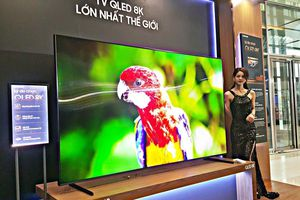 Samsung mang tivi QLED 8K lớn nhất thế giới, giá 2,99 tỷ đồng đến Hà Nội