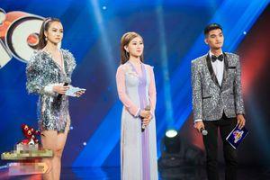 Hồng Đào khoe giọng hát ngọt ngào tại 'Ẩn số hoàn hảo'