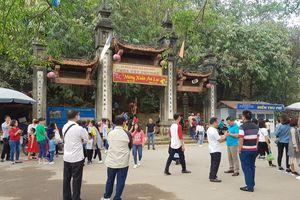 Khai hội chùa Tây Phương