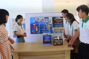 Nhóm sinh viên chế tạo thiết bị lọc nước ngầm 'siêu rẻ' cho người dân vùng khó