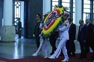 Đoàn Bộ GTVT vào viếng Trung tướng Đồng Sỹ Nguyên