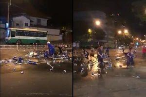 Clip hàng chục người lao vào 'dọn sạch' bia của tài xế đánh rơi giữa Sài Gòn gây tranh cãi