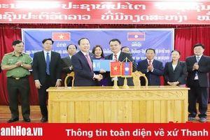 Ký kết biên bản thỏa thuận hợp tác kinh tế - xã hội, quốc phòng- an ninh năm 2019 giữa hai tỉnh Thanh Hóa – Hủa Phăn