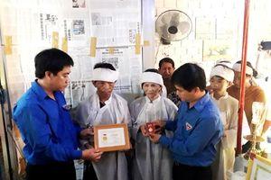 Truy tặng Huy hiệu 'Tuổi trẻ dũng cảm' cho thanh niên cứu người khỏi đuối nước