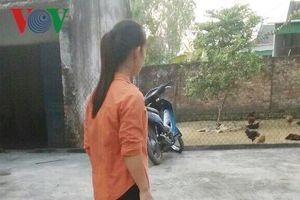Thiếu nữ bị khống chế hiếp dâm trên cánh đồng vắng giữa ban ngày