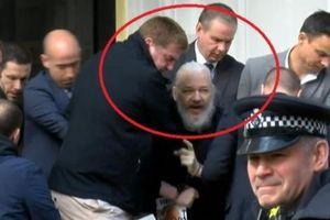 Nhà sáng lập Wikileaks bị bắt sau 7 năm lẩn trốn