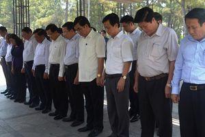 Lễ viếng Trung tướng Đồng Sỹ Nguyên tại NTLS quốc gia Trường Sơn