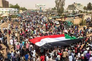 Sudan: Xuất hiện nhiều đồn đoán về âm mưu đảo chính của quân đội