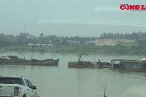 Sở TN&MT Hưng Yên đề nghị 'tạm dừng' nạo vét các bến khách ngang sông Hồng tại Khoái Châu