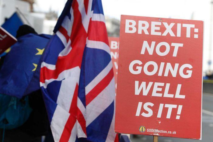 Nhờ chậm Brexit, kinh tế nước Anh lại tăng trưởng mạnh hơn?
